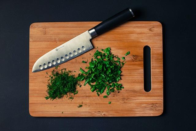 איך לנקות חלודה מכל סכין שף?